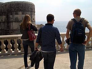 Milda, Mario and Jay walking to take a look out at the Adriatic