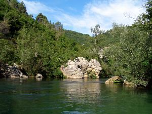 Rafting through Cetina River