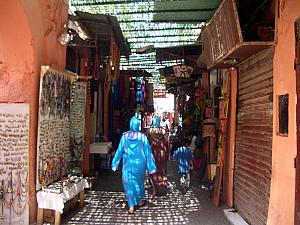 The medina contains Morcco's largest souk (traditional market). It sprawls over many streets throughout the old town.
