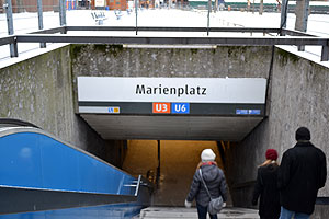 Heading into Marienplatz U-Bahn (subway)