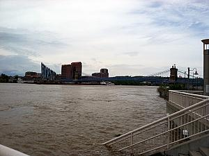 Ohio River flooding, April 2011