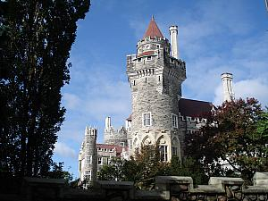 "Casa Loma: Canada's ""castle"". An ultra-rich guy in the early 1900s (Henry Pellatt) built this castle from 1911-1914. Pellatt made his fortune in real estate in the Canadian Northwest as well as  bringing hydro-electricity to Canada for the first time. Then he lost his fortune because Toronto made electricity a public institution a year later, and  soon after the Great Depression hit. He only lived in this castle for 10 years, and ended up broke."