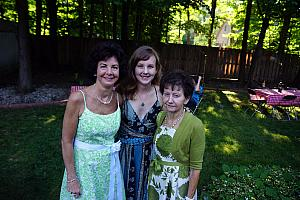 Kelly with her Mom and Aunt Christina