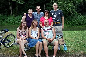 The whole Larbes family!