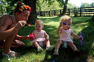 Summer picnic - blowing bubbles